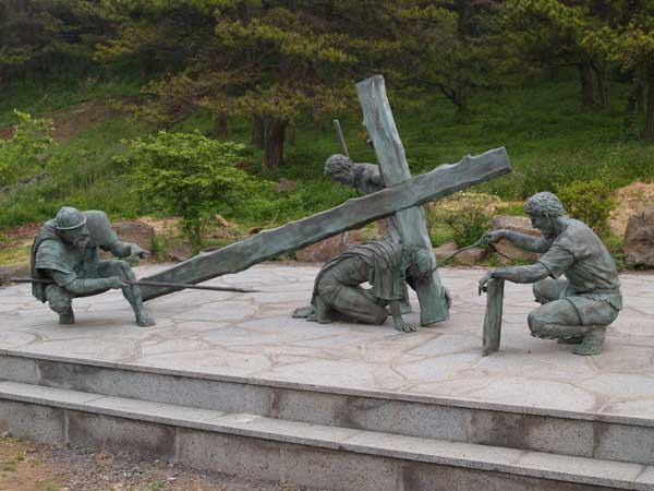 stations-of-the-cross-jeju-1