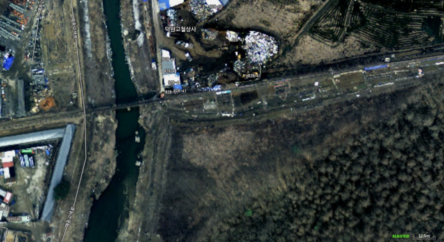 Satellite image from Naver. The scrap metal dealer is the building numbered 828-41.